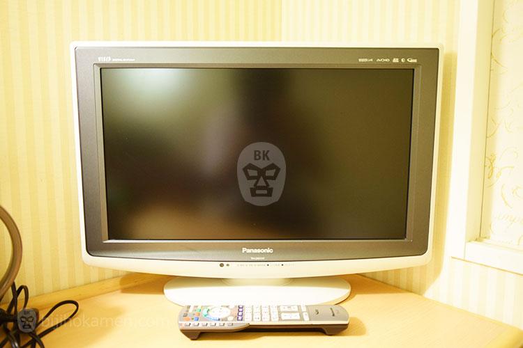 備え付けのテレビ